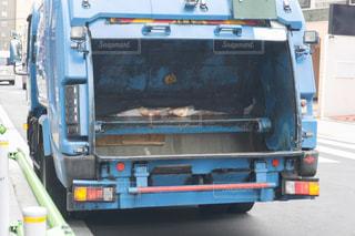 ゴミ収集車の写真・画像素材[3162241]