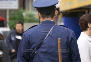 警備中の警察官の写真・画像素材[3172093]