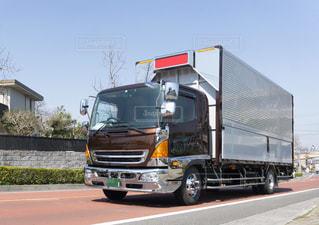 箱トラック 輸送トラックの写真・画像素材[3223017]