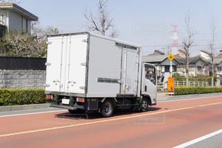 中型輸送トラック 箱トラックの写真・画像素材[3223015]