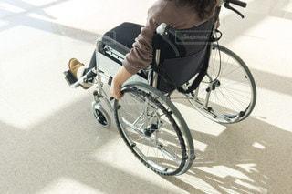 車椅子の写真・画像素材[3358423]