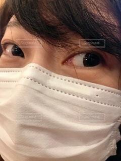 マスク着用の女性 顔面の写真・画像素材[3719809]