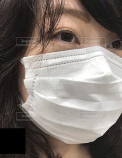 マスク着用の女性の写真・画像素材[3769498]