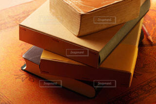 書籍 テーブルの写真・画像素材[3875059]