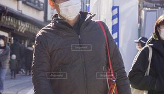 マスク姿の人々 通行人の写真・画像素材[4309654]