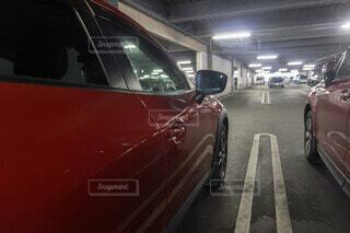 屋内駐車場の写真・画像素材[4634901]
