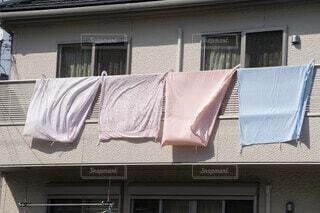 ベランダの洗濯物の写真・画像素材[4832165]