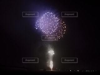 空の花火の写真・画像素材[3138527]