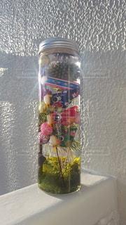 ガラス瓶の中に小さな鯉のぼり達♪の写真・画像素材[3164312]