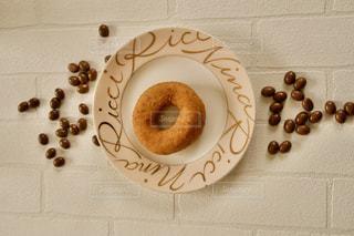 チョコレートとドーナッツの写真・画像素材[3220057]