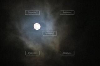 満月の写真・画像素材[4310590]