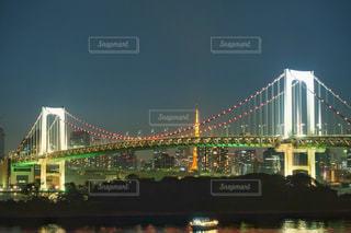 レインボーブリッジと東京タワーの写真・画像素材[844967]