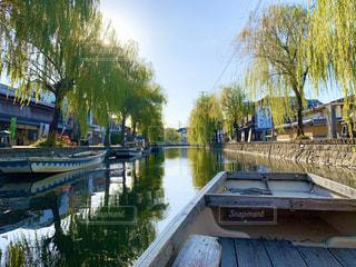 柳川と小舟の写真・画像素材[3262369]