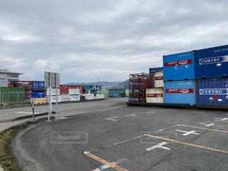 港のコンテナの写真・画像素材[3155021]