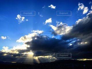 光芒の写真・画像素材[3541043]