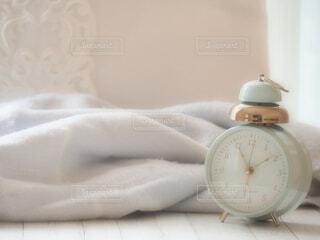 目覚まし時計の写真・画像素材[3950143]