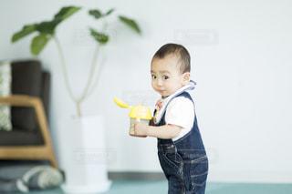子どもの写真・画像素材[133979]