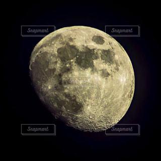 月の観察の写真・画像素材[3267620]