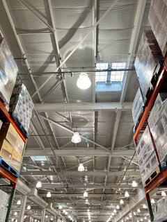 倉庫の天井の写真・画像素材[4343363]