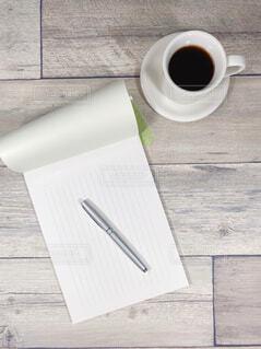 手紙 便箋と万年筆の写真・画像素材[4435711]