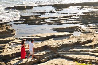 銚子犬吠埼を散歩するカップルの写真・画像素材[3279063]