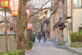 夕暮れの金沢主計町の街並みの写真・画像素材[3283956]