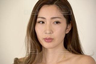 美しい女性の表情の写真・画像素材[3359606]