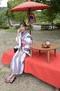 円山公園と浴衣女性の写真・画像素材[3717992]