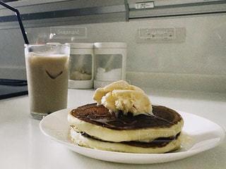 ホットケーキとカフェオレの写真・画像素材[3192515]