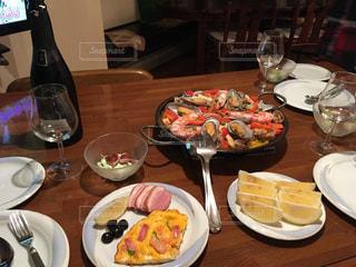 スパニッシュ料理のコースの写真・画像素材[3207329]