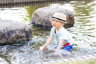 初めての水遊びの写真・画像素材[3311015]