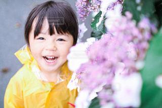 雨の日のお散歩の写真・画像素材[3337739]
