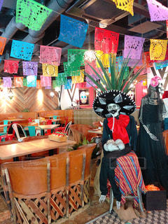 カラフルなメキシコ風カフェの写真・画像素材[3211126]