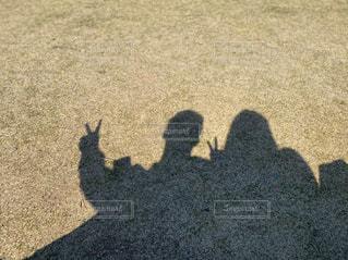 カップルの影の写真・画像素材[3217621]