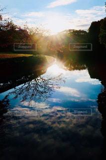 reflectの写真・画像素材[3233723]