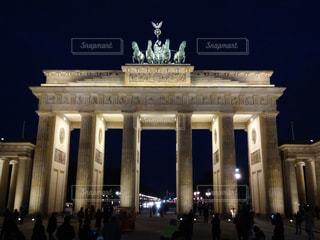 ドイツ ベルリンにあるブランデンブルク門を撮った一枚の写真・画像素材[3223498]