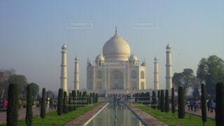 インドのアグラにあるタージマハールの写真・画像素材[3223514]