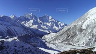 トレッキング中に見たヒマラヤ山脈の写真・画像素材[3223516]