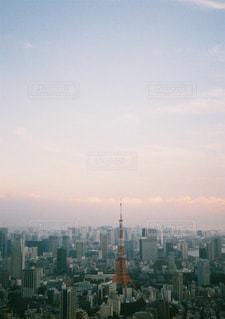 東京タワーと社会の空間の写真・画像素材[3223000]