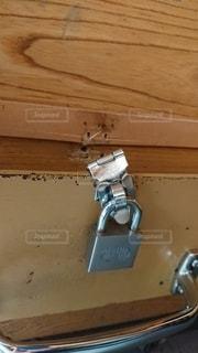 壊れた鍵の写真・画像素材[3223751]