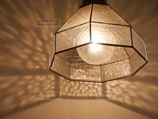 ライトと影の写真・画像素材[3333475]