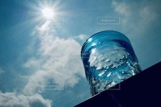 青い空のクローズアップの写真・画像素材[3563815]