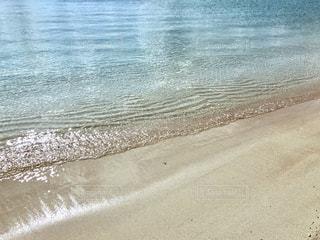 海の横にある砂浜のビーチの写真・画像素材[1786754]