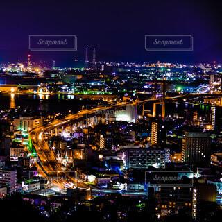 夜の都市の眺めの写真・画像素材[4137711]