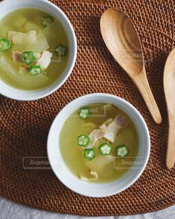 冬瓜とオクラのスープの写真・画像素材[3655497]