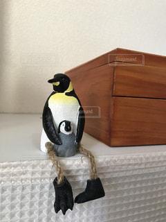 木彫りのペンギンの写真・画像素材[3003207]