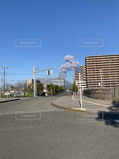 空の道路の写真・画像素材[3242426]