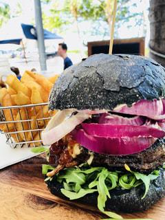 オーストラリアの絶品ハンバーガーの写真・画像素材[3246113]