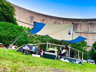 進撃の巨人 壁内でキャンプの写真・画像素材[3252522]
