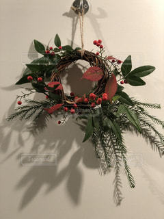クリスマスリースの写真・画像素材[3268553]